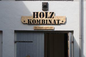 Holzkombinat Eingang